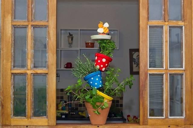 「植木鉢タワー」でインパクトガーデニング!