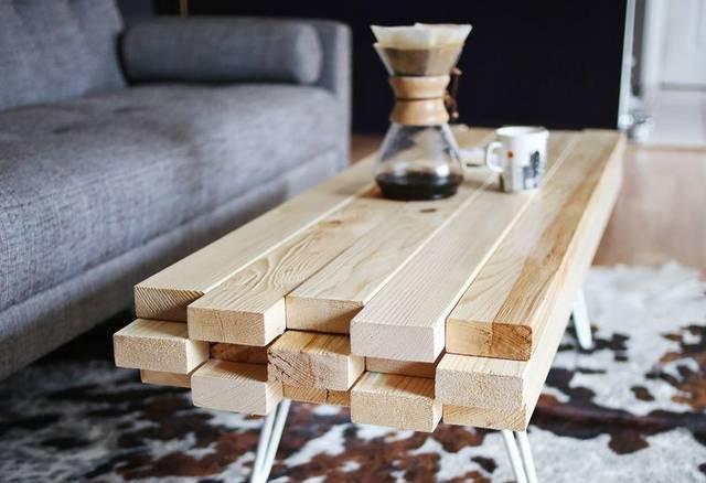 2×4(ツーバイフォー)材でコーヒーテーブルをDIY!