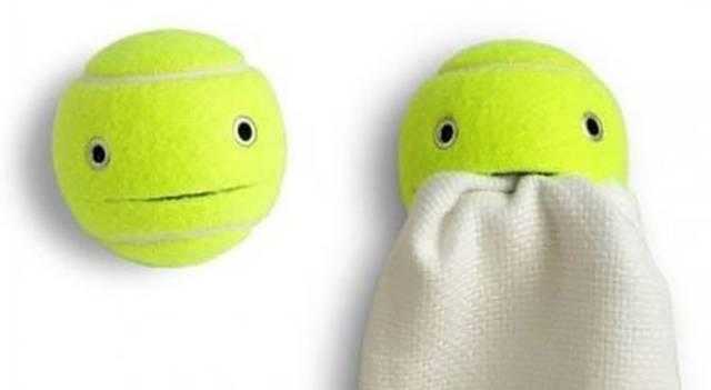 テニスボールで愛らしいマルチホルダーをDIY!