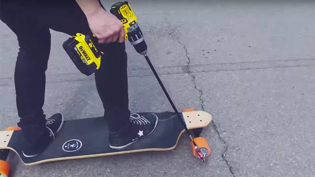 電動工具をリモコン代わりにしたエレクトリックスケートボード