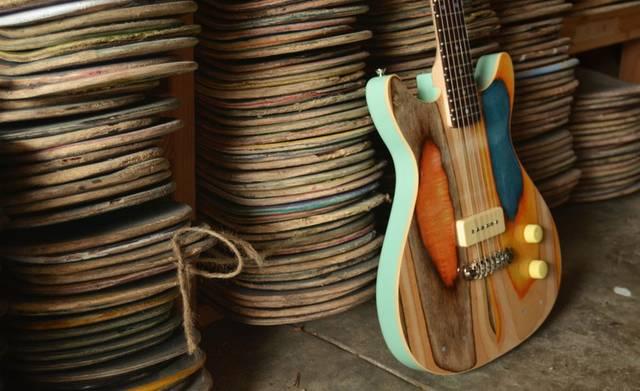 使い古したスケートボードを本格的なエレキギターへアップサイクル!
