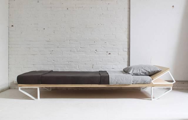 たった約8,000円+4時間作業でモダンなベッドが完成?!