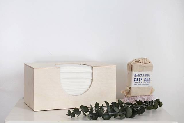 廃材やベニヤ板を使ってシンプルなティッシュケースをDIY!