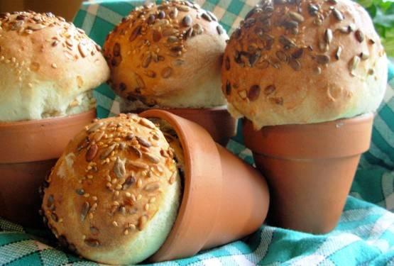 テラコッタの植木鉢を使ってパンをDIY!
