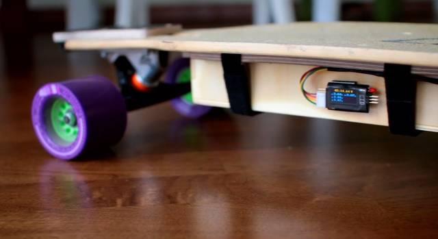 電気で動くスケートボードをDIY!