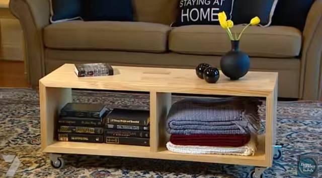 可動式のシンプルな収納付きテーブルをDIY!
