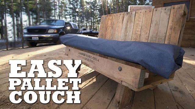 パレットを使ってアウトドアで便利なベンチをDIY!