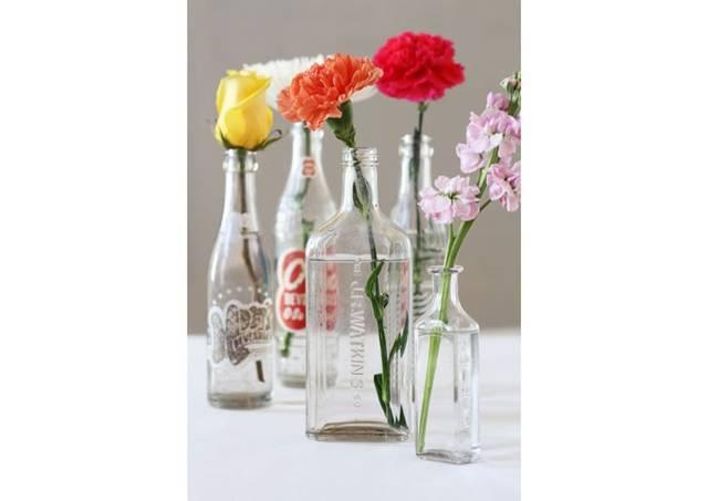 花瓶の内側をこすらずキレイにする方法
