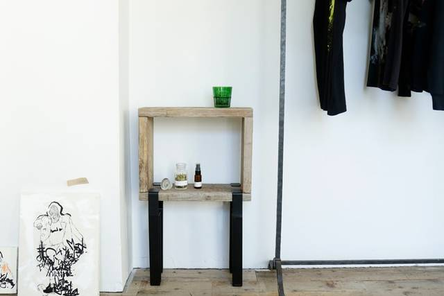 好きな板と組み合わせて家具が作れる「noashi」って?