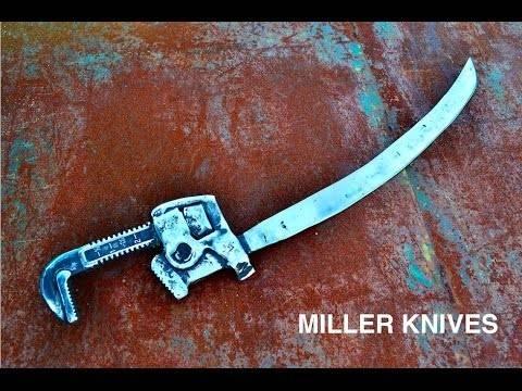 パイプレンチが刀に生まれ変わるDIY術