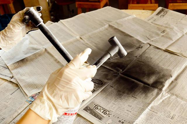 塩ビパイプを塗装でアイアン風に - 下地塗料DIY Vol. 1