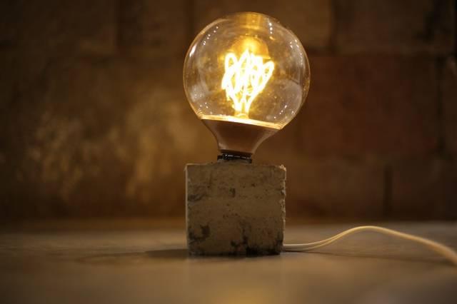 セメントでランプをDIY!!世界で1つのランプを作ってみましょう!