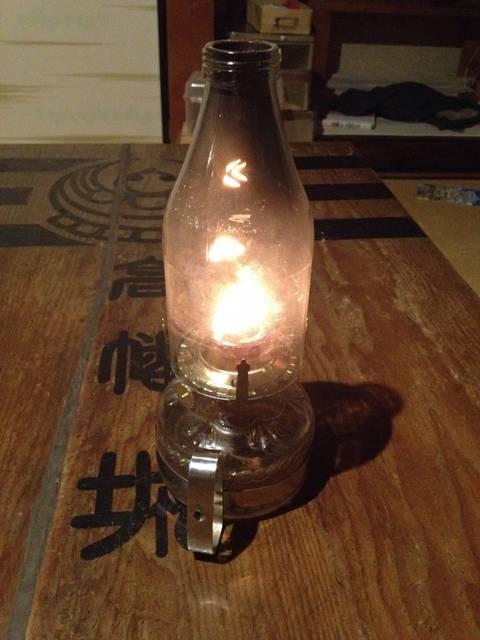 灯油ランプのホヤをガラス瓶再利用で作る。