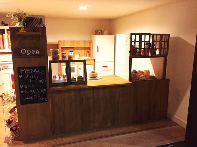 初DIYで子供達のカフェオープン。