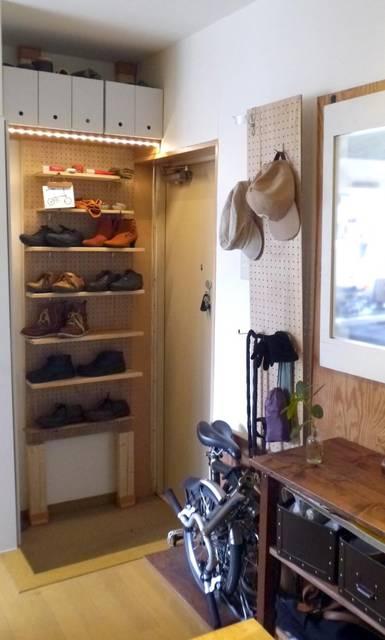 狭い玄関でも有孔ボードで有効活用できる DIY】