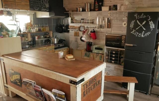 カフェスタイルの自宅キッチン