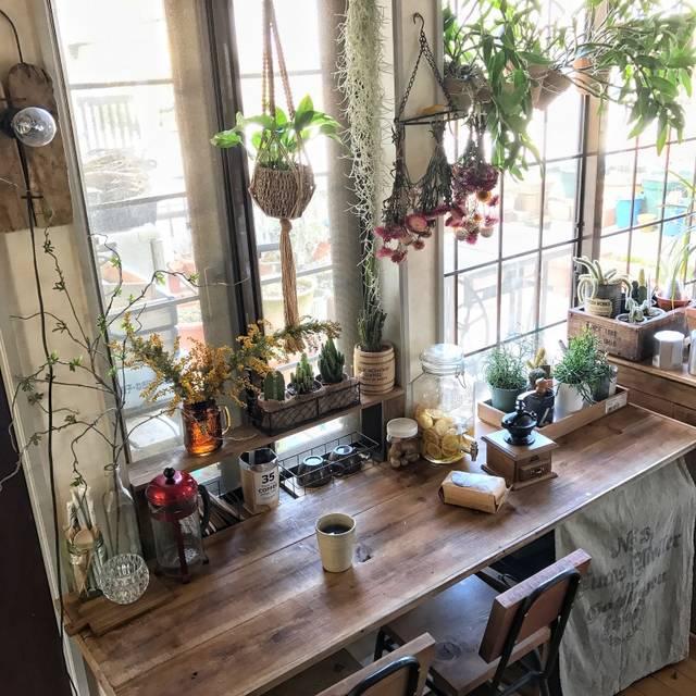 カフェカウンター風テーブル