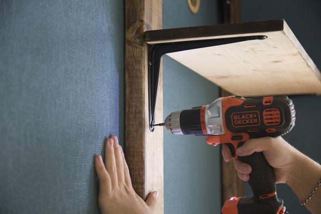 DIY初心者にもオススメ!手に入れやすい2×4材でカンタン棚作り