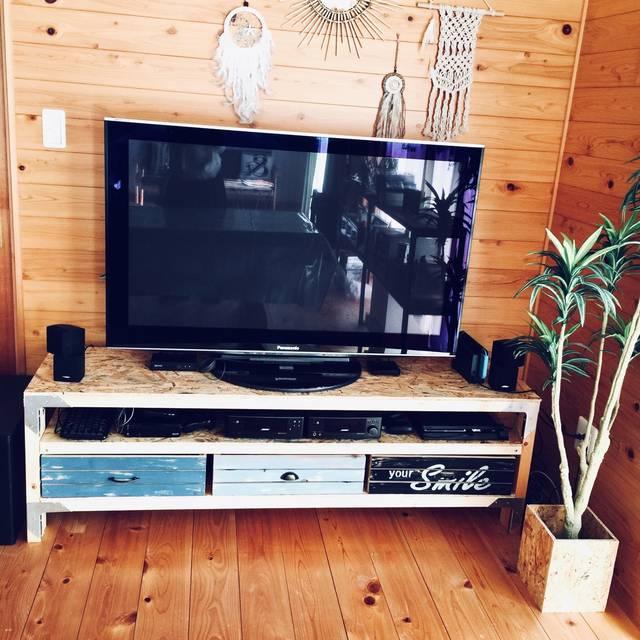 2×4、シンプソン金具で西海岸風テレビボードDIY