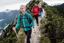 登山時にもっておきたい!トレッキングポール素材別おすすめ24選