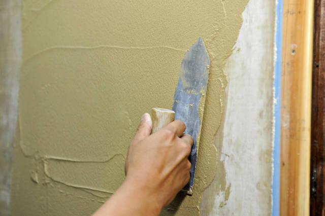 砂壁をリフォームしたい!クロス・塗装別に特徴や費用を比較!