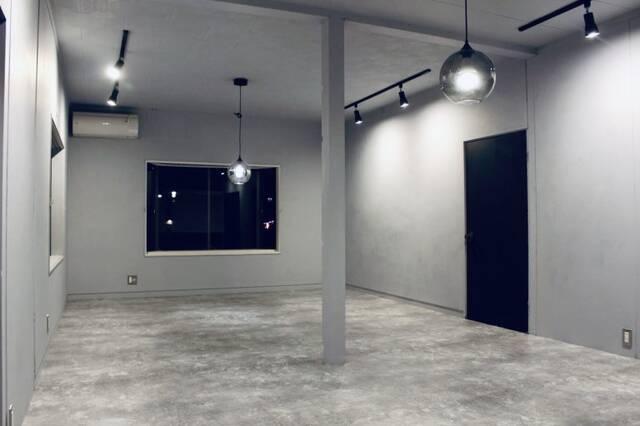 DIY、万歳!予算たったの20万円で和室がモルタル風洋室に変身
