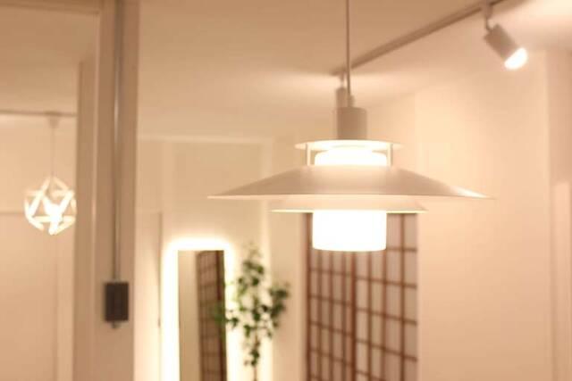 取り付け工程、大公開!マネしたくなるダクトレール照明をDIY