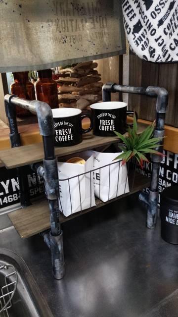 「塩ビパイプ棚でコーヒーコーナー」made by and_a_plusさん