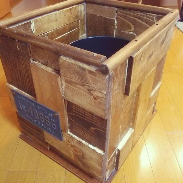 廃材をDIY!小物や棚、アートを楽しむアイデア集