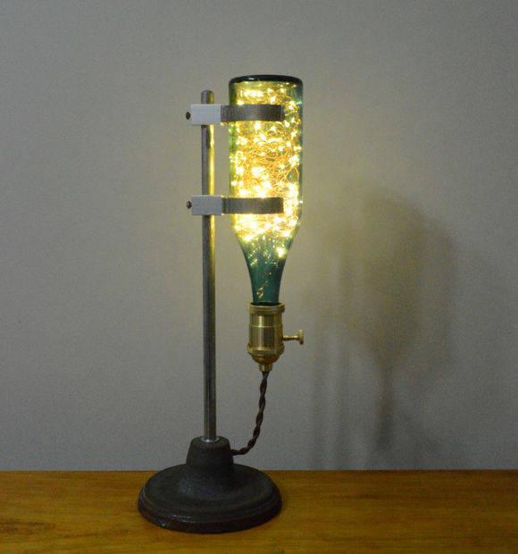間接照明をDIYして、インテリアをより華やかに!