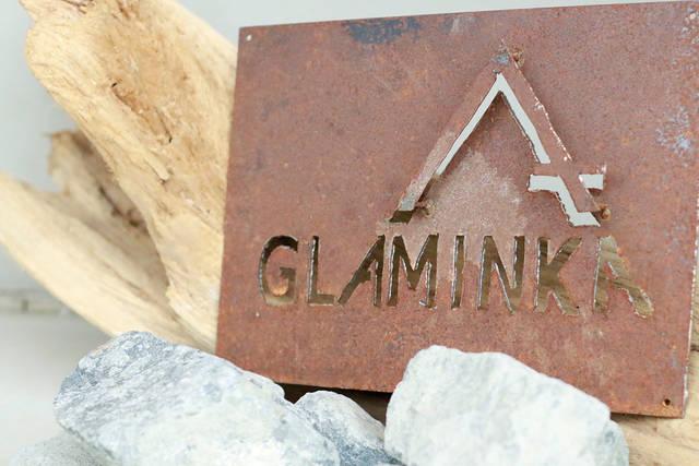 古民家とグランピングを融合させた宿とは:GLAMINKA