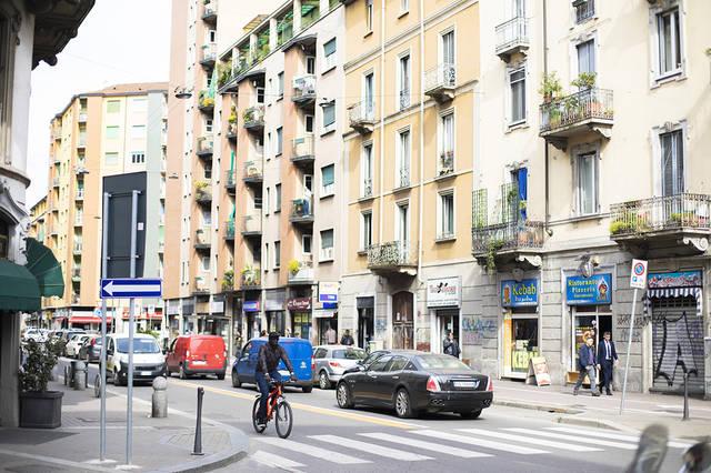 イタリア・ミラノサローネ、世界最大の家具見本市でインテリアを考える