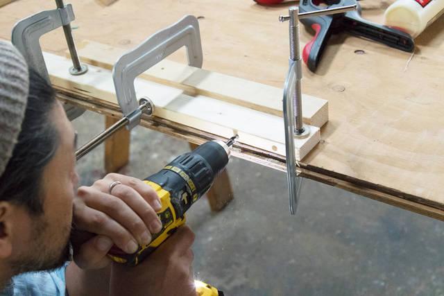 マグネット式キーホルダー収納を作って、小物の紛失防止!