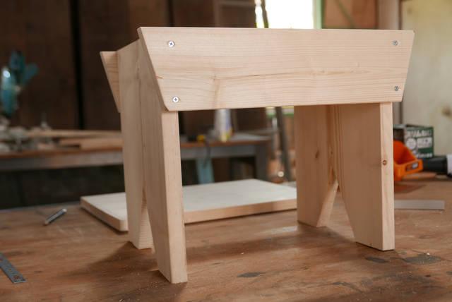 5枚の板で作れる!シンプルベンチの作り方!!