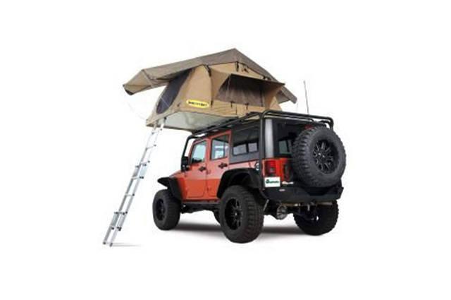 自分の車をホテルに!車中泊の雰囲気が変わるルーフテント19選!