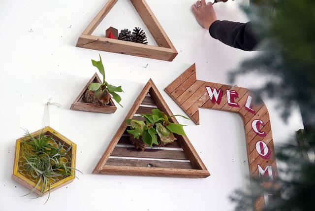 ウォールグリーンを楽しむ!簡単に作れて飾れるDIYプランター