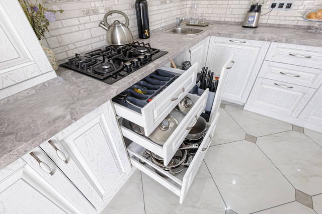 フライパンや鍋の収納上手は料理上手!キッチングッズ片付けアイデア
