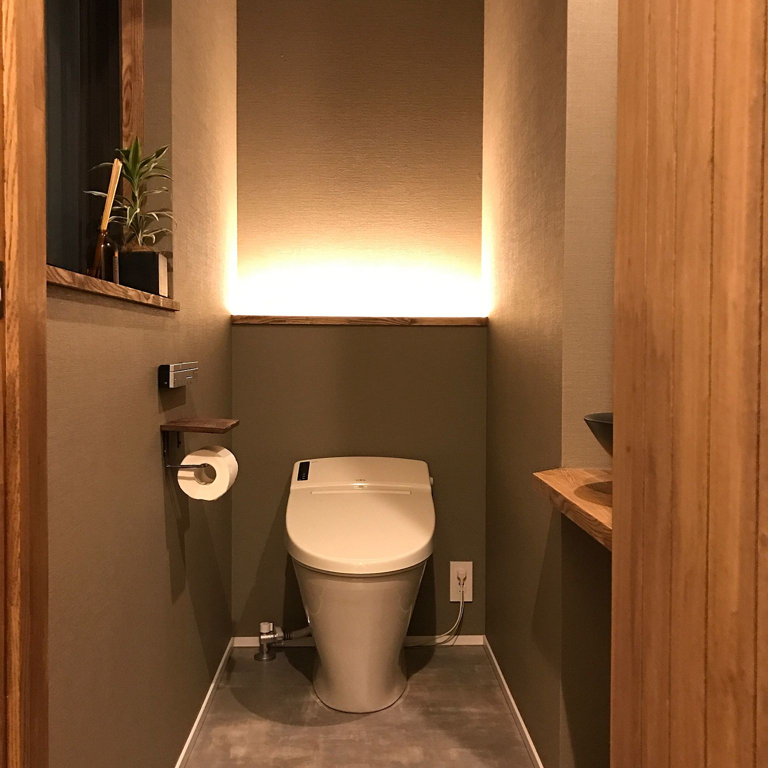 照明 トイレ 間接