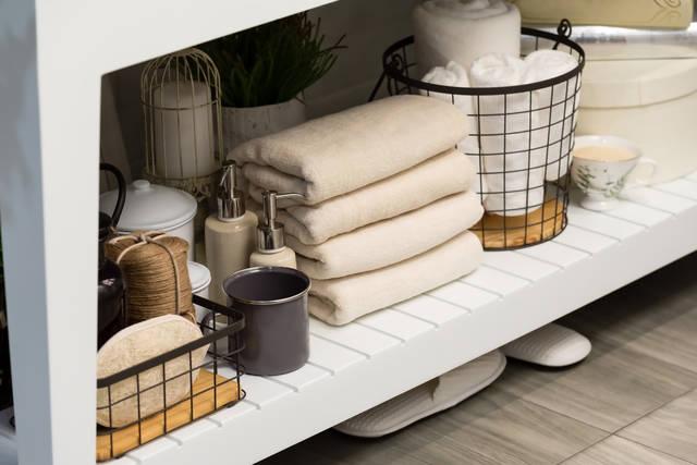 狭い洗面所もスッキリ!DIYで叶える便利な収納アイデア