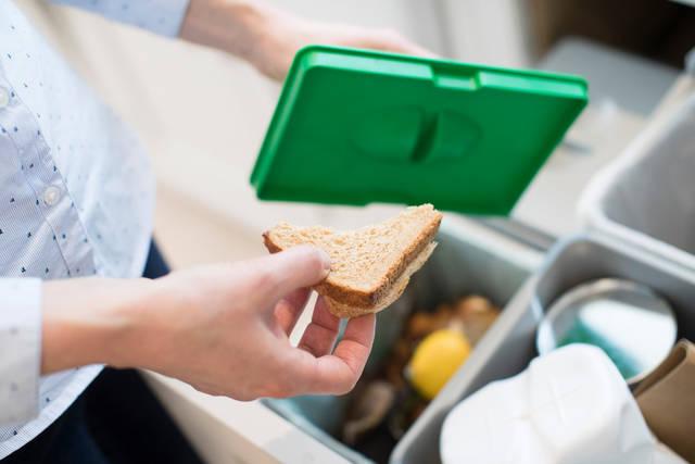 アイランドキッチンのリフォーム費用はどのくらい?使い勝手向上のアイデアもご紹介!