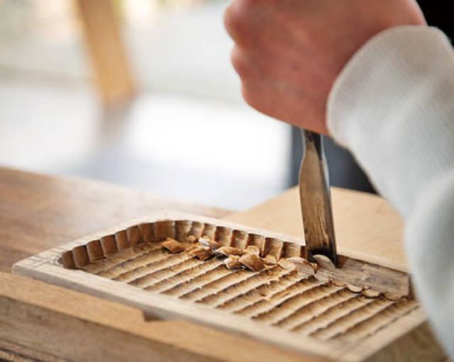 小物をポンと置けばグッと小粋に!!江戸時代から愛される木工トレイをDIY