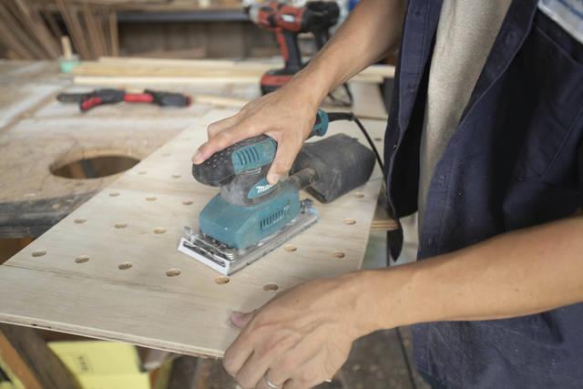 有孔ボード、作れるって知ってた??自分だけのペグボードをDIY!