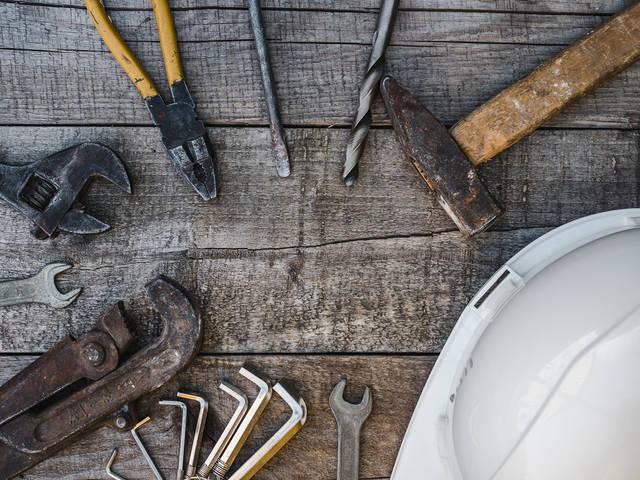 工具のサビ取りには熱した酢が効果的!工具を蘇らせるメンテナンス法