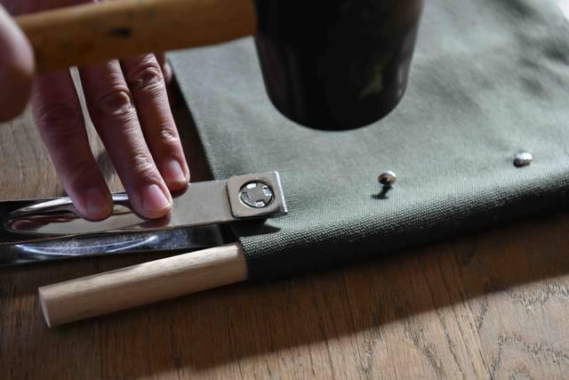 縫わずに作れるキャンバスラック 。屋内外問わず吊るして収納!