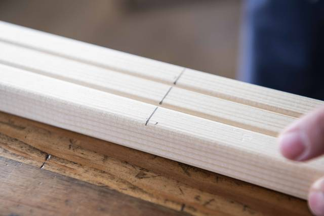 魅せて、映える、三段ラック!2つの木材でかんたんDIY!