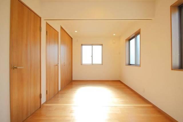 子供部屋の間仕切り壁や可動式間仕切り。必要な費用はどのくらい?