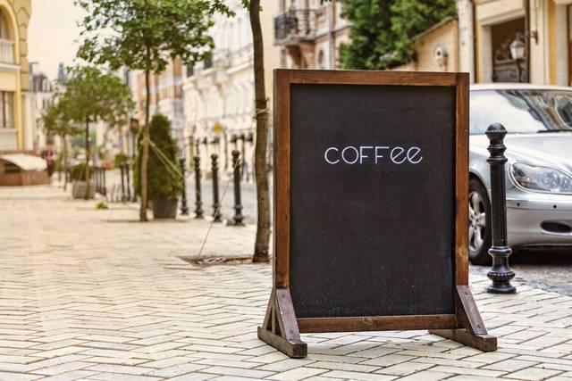 実はこんなにある!店舗看板の種類と最適な看板を選ぶヒント