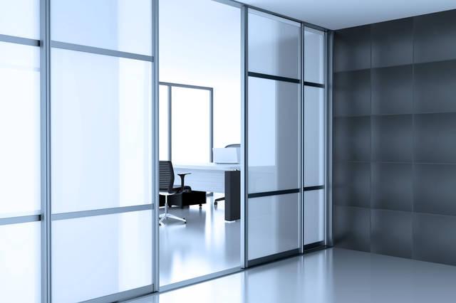 移動できる間仕切り「スライディングウォール」で空間を有効活用しよう!