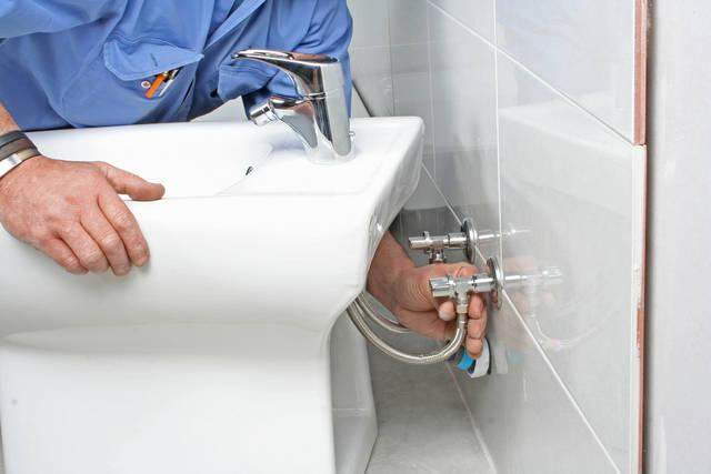 トイレのリフォーム、相場はいくら?工事費の節約に活用できる制度も解説