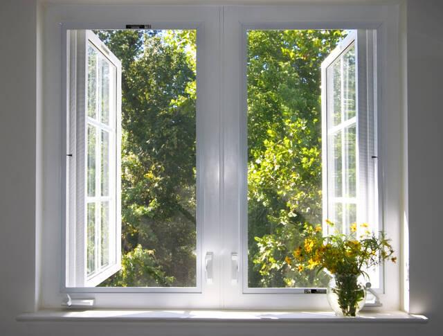 【窓リフォーム】費用目安&よくある疑問を一挙解説!失敗を防ぐ注意点とは?